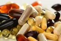 Single multivitamin-mineral dose may boost mood in older people